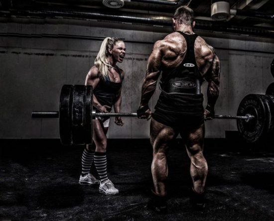 Bodybuilding Photos 1 HD 1024x640 550x444 - GÜÇLÜ KASLAR 5x5: 12 Haftalık Fitness ve Vücut Geliştirme Programı